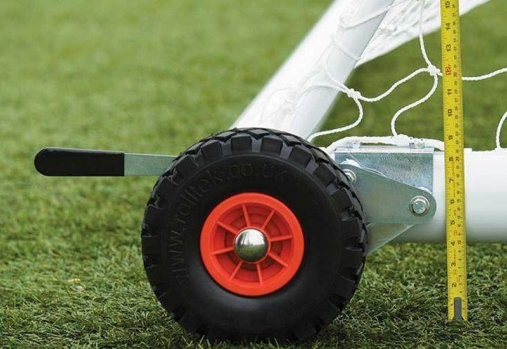 roues en caoutchouc pour but de football à déplacer Harrod