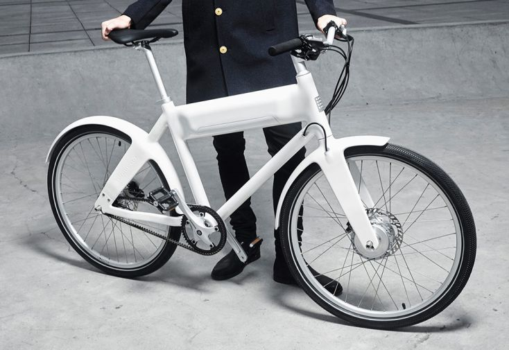 e-bike oko en carbonne noir Blanc